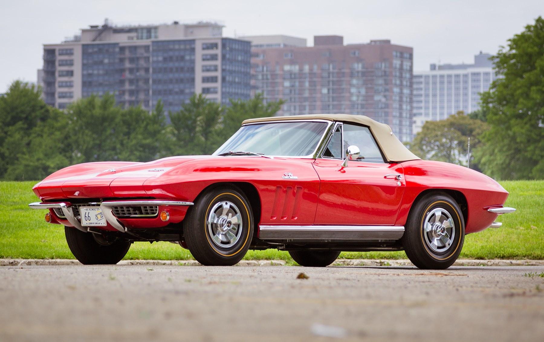 1966 Chevrolet Corvette 427/425 Roadster (1)