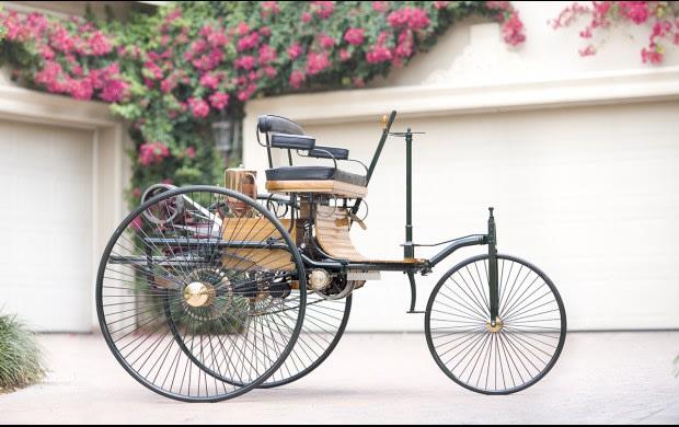 1886 Benz Patent-Motorwagen Replica-3