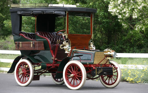 1903 Toledo 12-Horsepower Rear-Entrance Touring Car