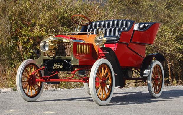 1904 Ford Model C Rear-Entrance Tonneau