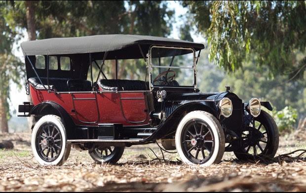 1914 Packard 3-48 Seven-Passenger Touring