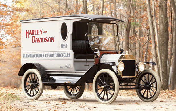 Prod/Portal/1916 Ford Model T Delivery Truck/poster_m9gsx9
