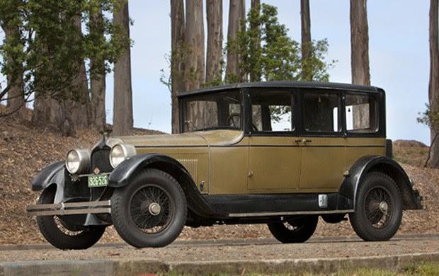 Prod/Portal/1926 Duesenberg Model A Sedan/poster_xuye9n