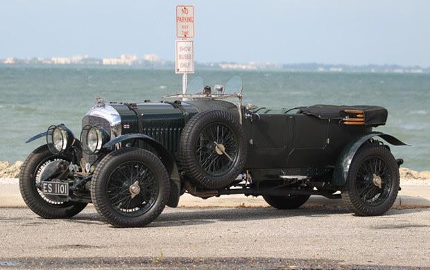 Prod/Portal/1930 Bentley 4 1-2 Litre Tourer/poster_zytjtk