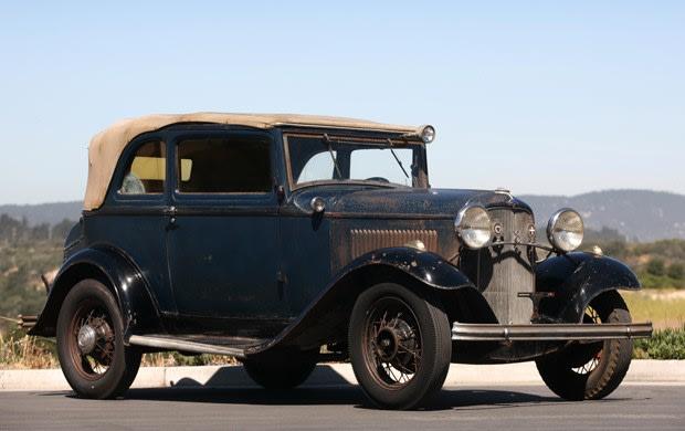 1932 Ford V-8 B-400 Convertible Sedan