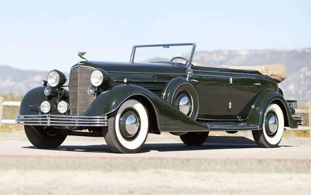 Prod/Portal/1933 Cadillac V-16 All-Weather Phaeton/poster_uk7ux8