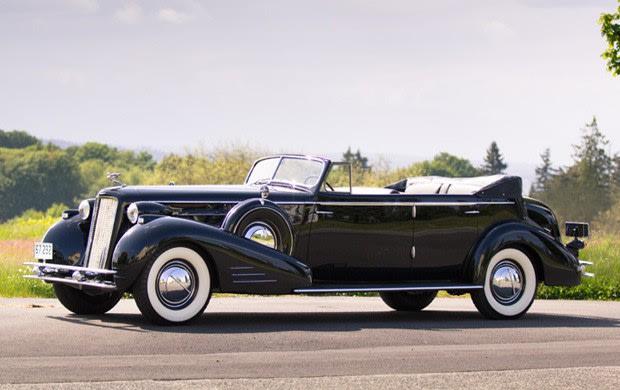 Prod/Portal/1934 Cadillac V-16 452D Convertible Sedan/poster_qy4w95