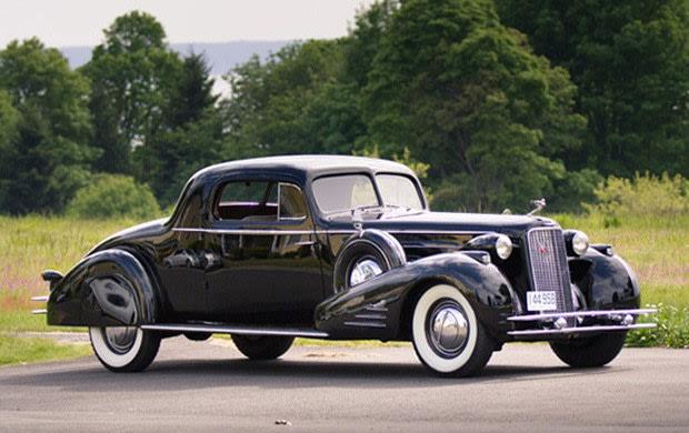 Prod/Portal/1934 Cadillac V-16 452D Two-Passenger Stationary Coupe/poster_p0gsu6