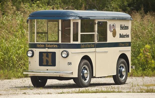 1936 Twin Coach Helms Bakery Truck