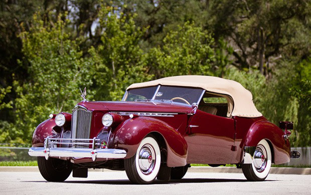 Prod/Portal/1940 Packard Custom Super-Eight 180 Convertible Victoria/poster_uw68rl