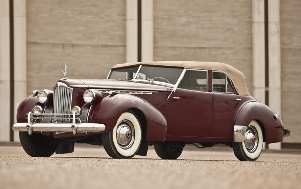 1940 Packard Model 1807 Convertible Sedan