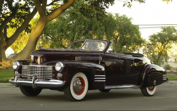 1941 Cadillac Series 62 Convertible Coupe(4)