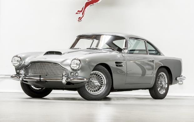1960 Aston Martin DB4 Series II-4