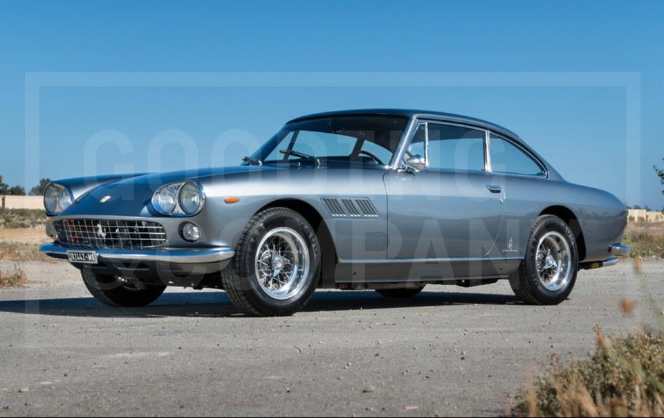 1964 Ferrari 330 GT 2+2(2)