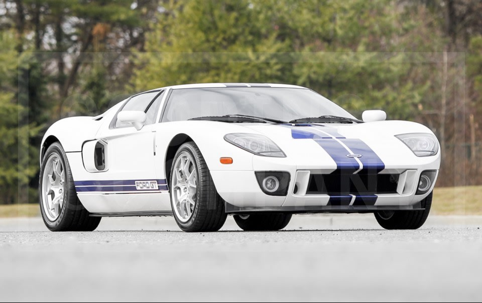2005 Ford GT (1)
