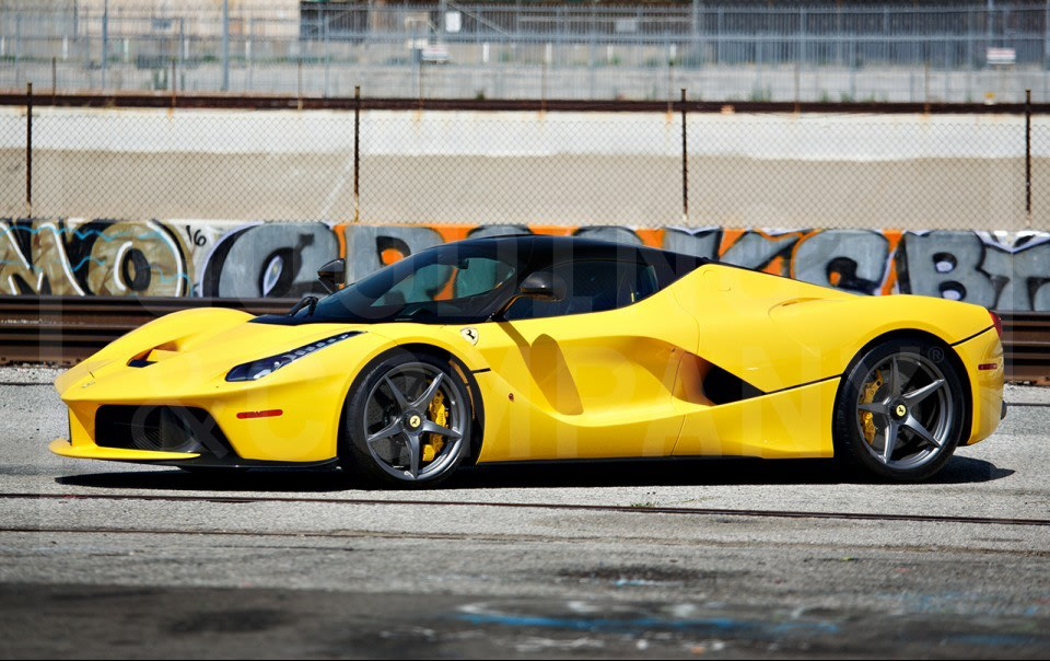 2015 Ferrari LaFerrari-2