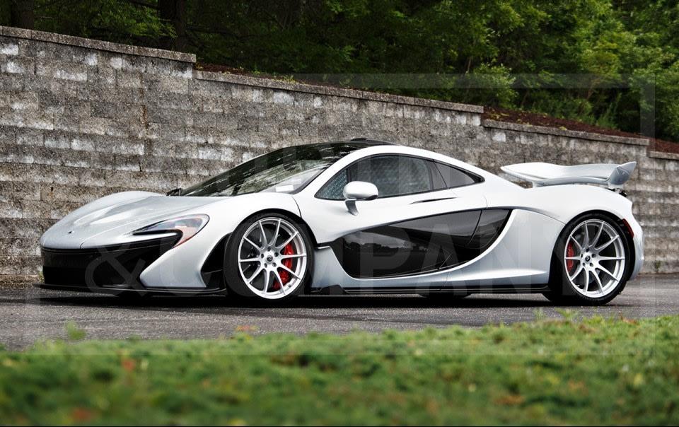 2015 McLaren P1-3
