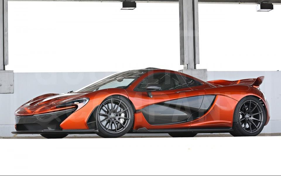 2015 McLaren P1-1